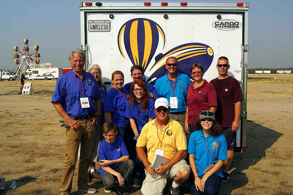 Amelia Airship Team - Soaring Over Ripon 2017 - © Cheers Over California, Inc